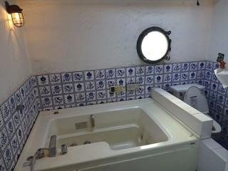エステイタスMH-2 3階お風呂とトイレ