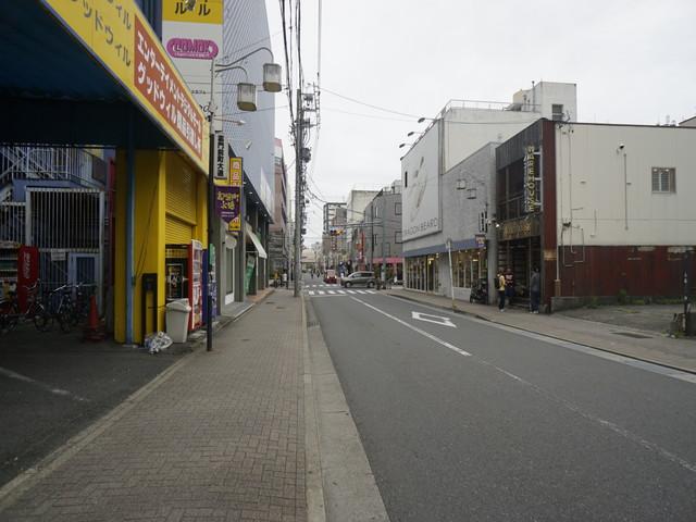 裏門前町通り(前面道路)