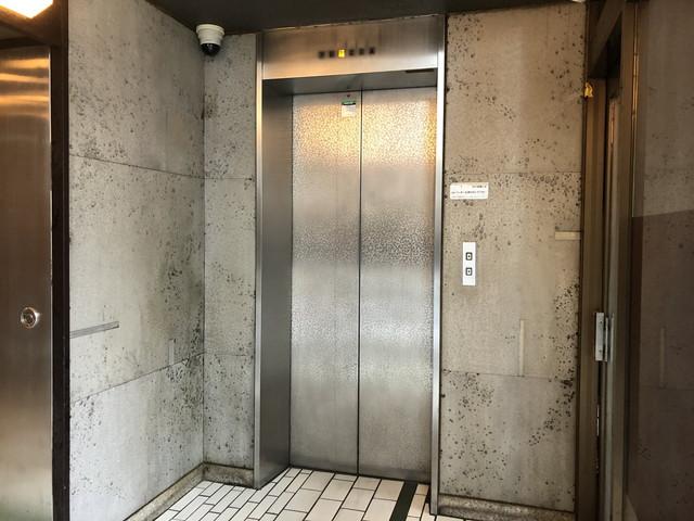 栄グリーンビル エレベーター