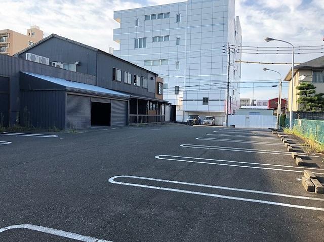 熱田区四番二丁目一棟貸し店舗 駐車場