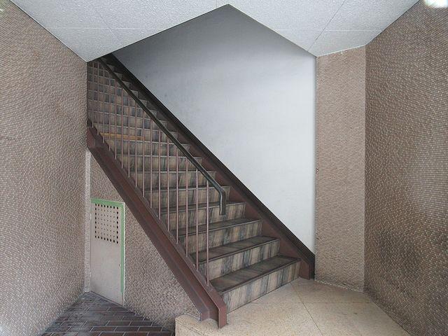 2階区画への階段