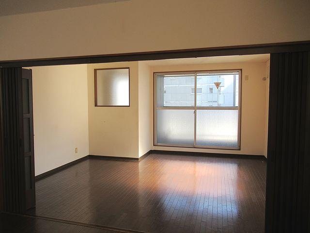 7階貸室内
