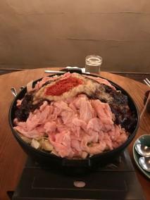 鉄鍋ホルモン焼